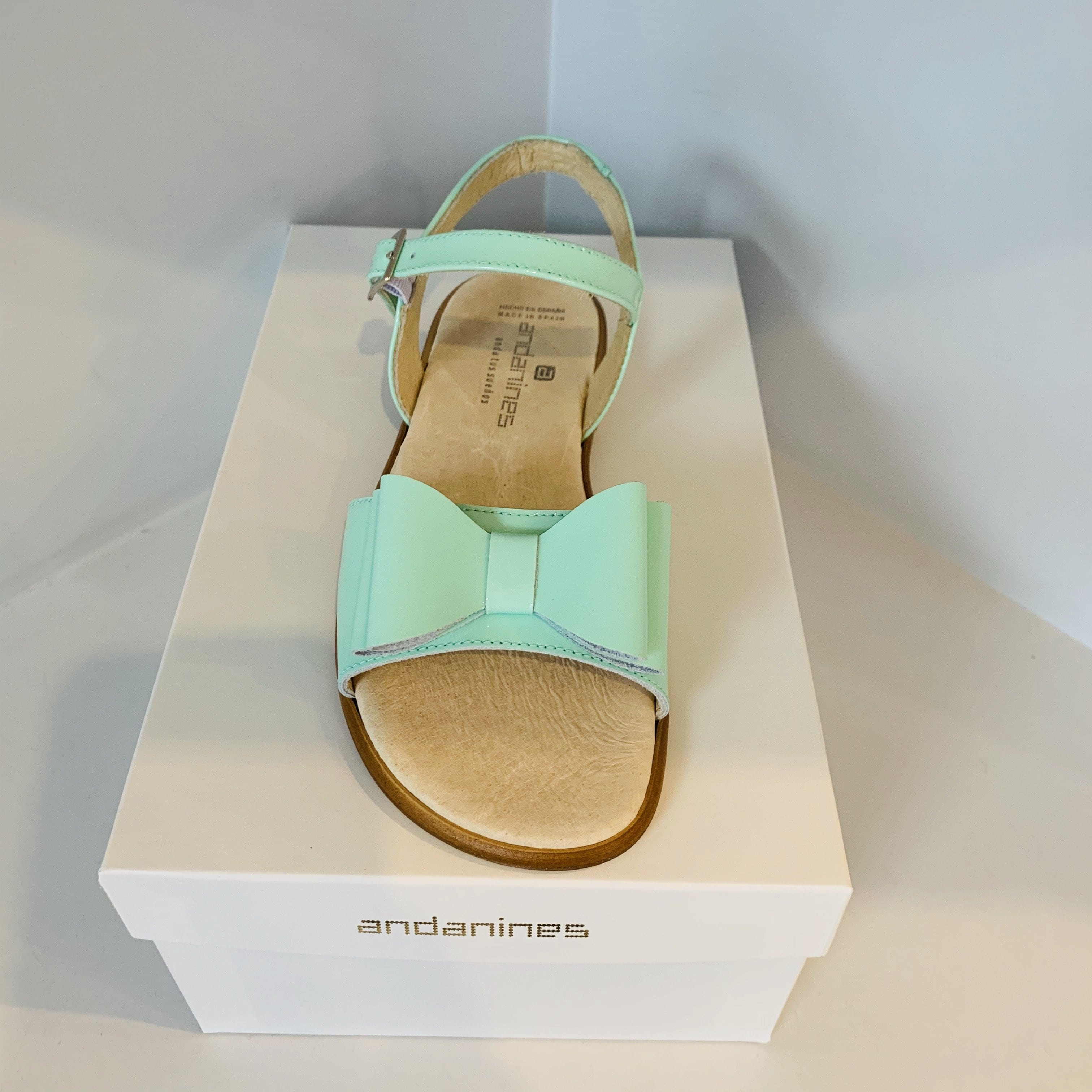 ANDANINES MINT LEATHER OLDER GIRL PATENT SANDALS
