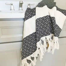 Geo Bath / Hand Towel