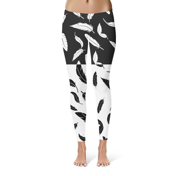 Negative Feathers Leggings