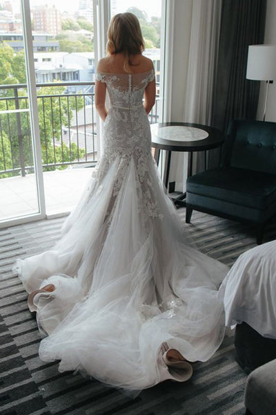 Tight Off-the-Shoulder Court Train Tulle Wedding Dresses with Appliques, TYP1112