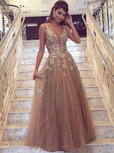 2019 Chic Spaghetti Strap V-neck Long Tulle Prom Dresses With Applique, TYP1461