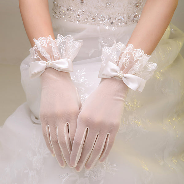 Wedding Lace Gloves, French Lace Gloves, Bridal Lace Gloves, Lace Formal Gloves, Tea Party Gloves, Ivory lace Gloves, Dress Wedding Gloves, TYP0552