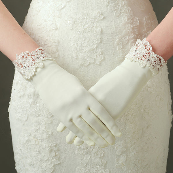 Ivory Bridal gloves, Satin Wedding gloves, Ivory Satin gloves, Gloves with lace White bridal gloves, Short wedding gloves, Gloves for wedding, TYP0568