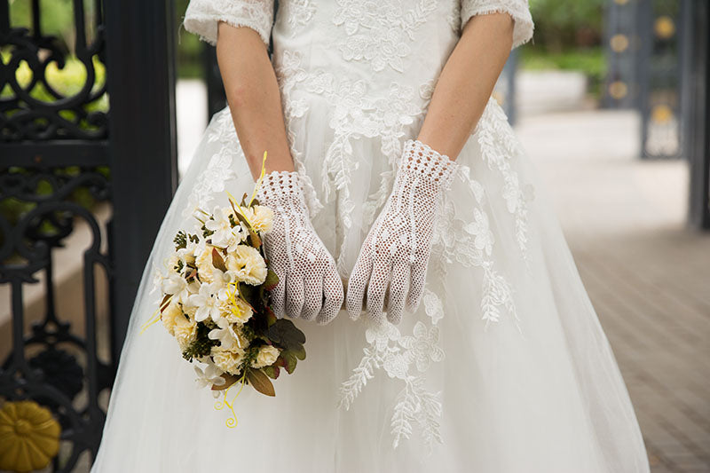 Bridal Gloves, Wedding Gloves Adorned With Pearls And Lace Flowers, TYP0557