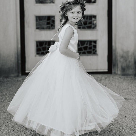 products/flowergirldresses_968d3e1f-c564-4236-809c-982dc2178b36.jpg