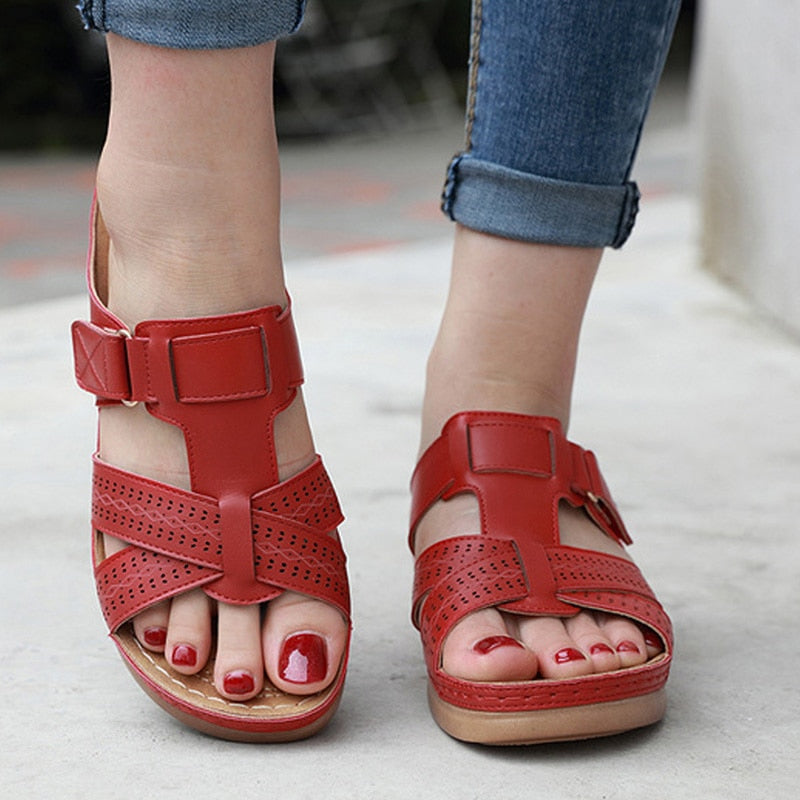 Retro Open Toe Leather Flat Sandals