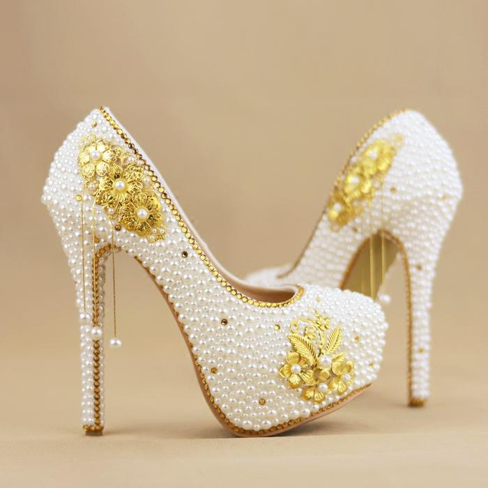 Gold Pendant And Pearl Handmade Diamond Wedding Shoes