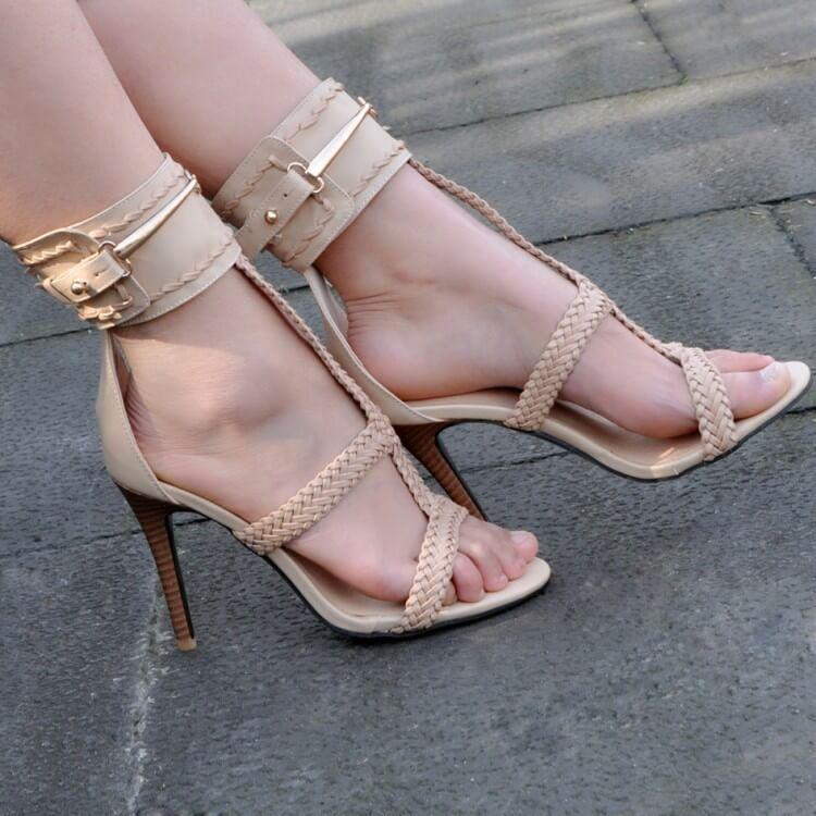 Apricot Buckle  Cutout Round Toe Sandals