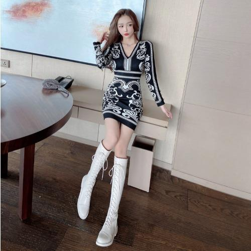 V-neck Jacquard Knitted High Waist Dress