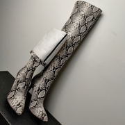 Sexy Snakeksin Point Toe Zipper Knee High Boots