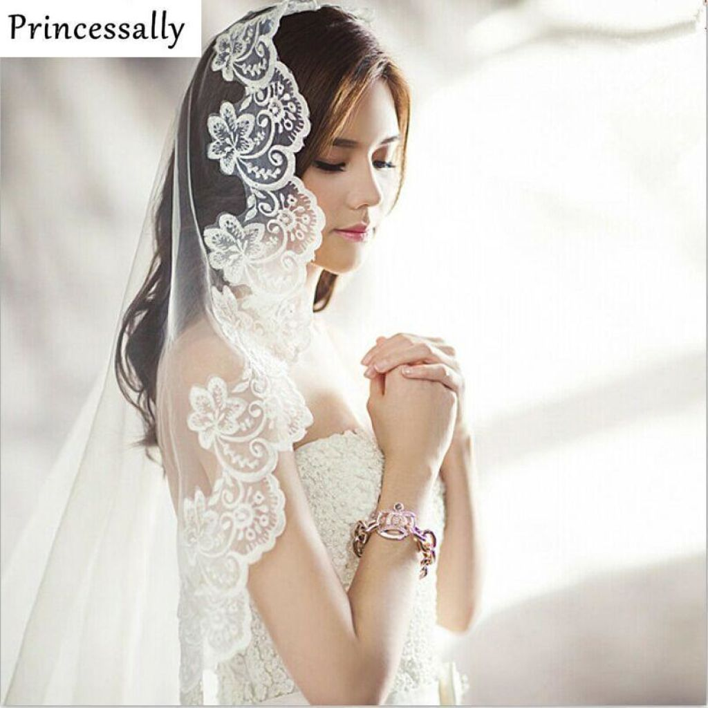 Elegant Lace Wedding Bridal Veil 3 Meters Long Ivory