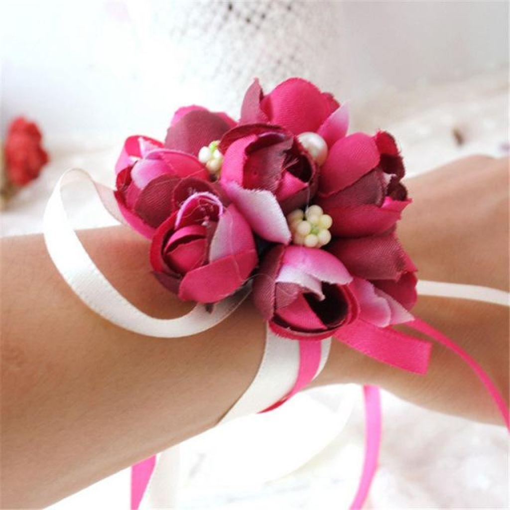 Rose Wrist Corsage for Bridesmaids and other members of the Wedding ...