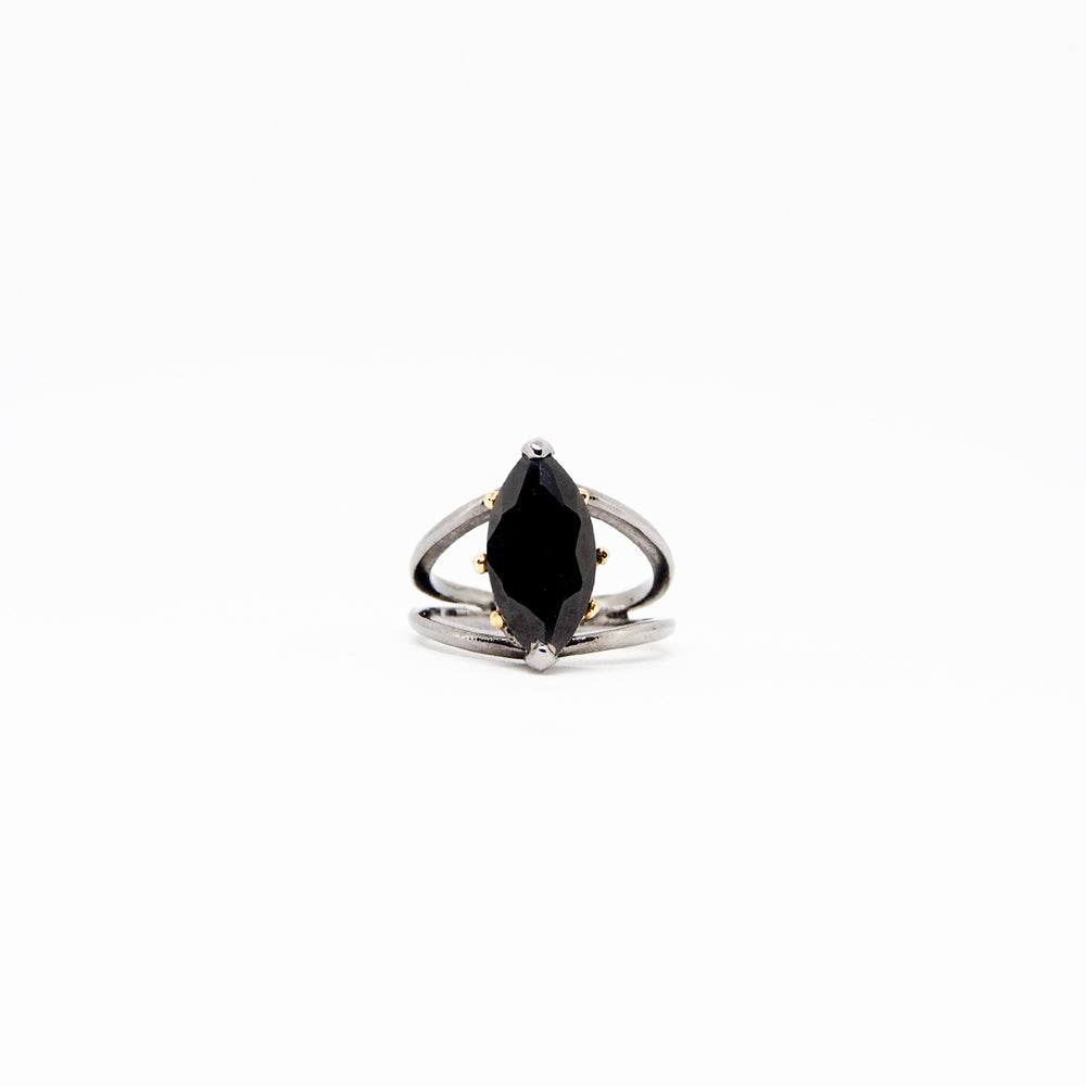 Compass Ring - Black Quartz - Black
