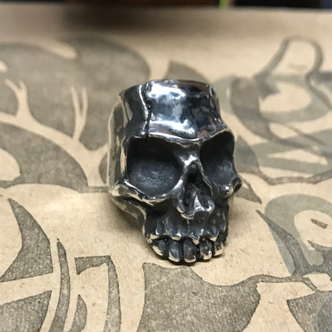 Large Skull Ring - Silver
