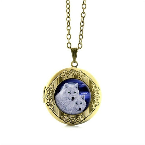 Locket necklace arctic wolf - Protect The Wolves