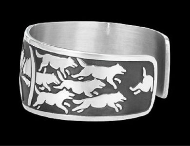 Wolf Howl Native Wolf Spirit Bracelet - Protect The Wolves