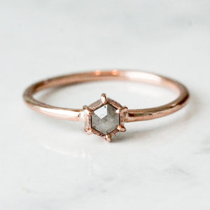 Spero_ring_rose_gold-rose_cut_bespoke_diamond-starseeker_jewels_grande