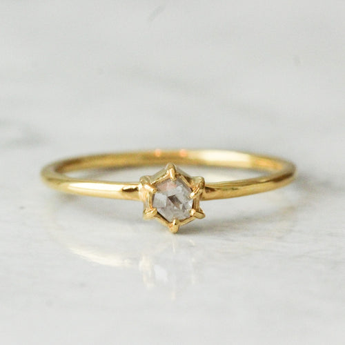 Spero_ring_yellow_gold-rose_cut_bespoke_diamond-starseeker_jewelry_grande