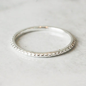 Universum_ring-silver_stacker-beaded-bespoke-starseeker_jewellery_grande