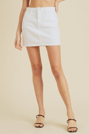 Slim white mini skirt