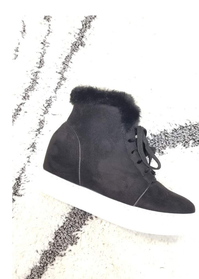 Black Faux Sherpa Wedges