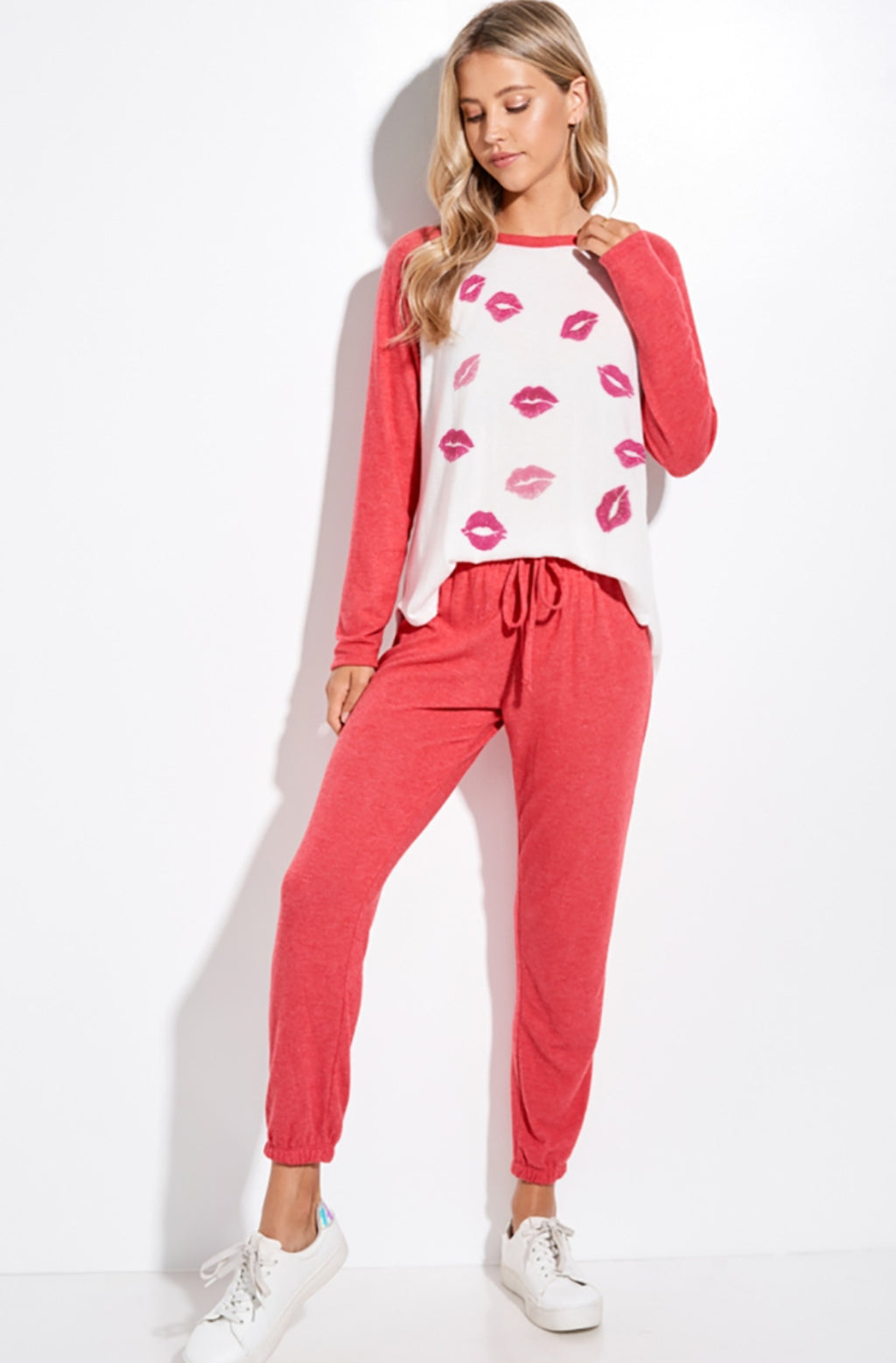 Kiss Mark Red Loungewear Set