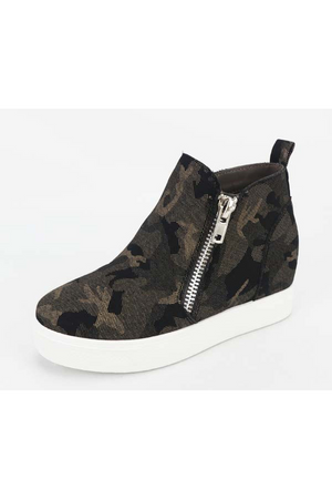 Black Camo High Top Shoes