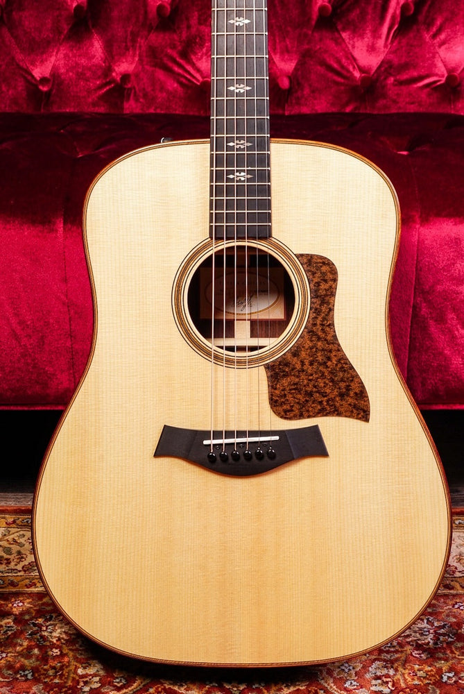Taylor 710E Dreadnought Acoustic Electric Natural