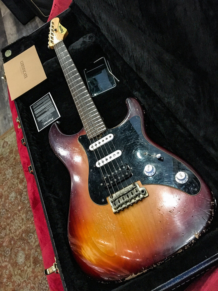 Friedman VINTAGE-S-AR3TBB Electric Guitar 3-Tone Sunburst