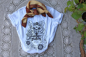 united-shirt-mother-earth-wolf-earth-healing-kathy-gardiner-art-apparel