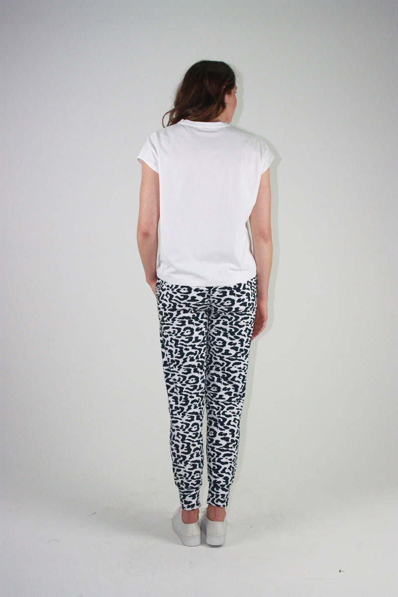 Everyday Pant Navy Animal