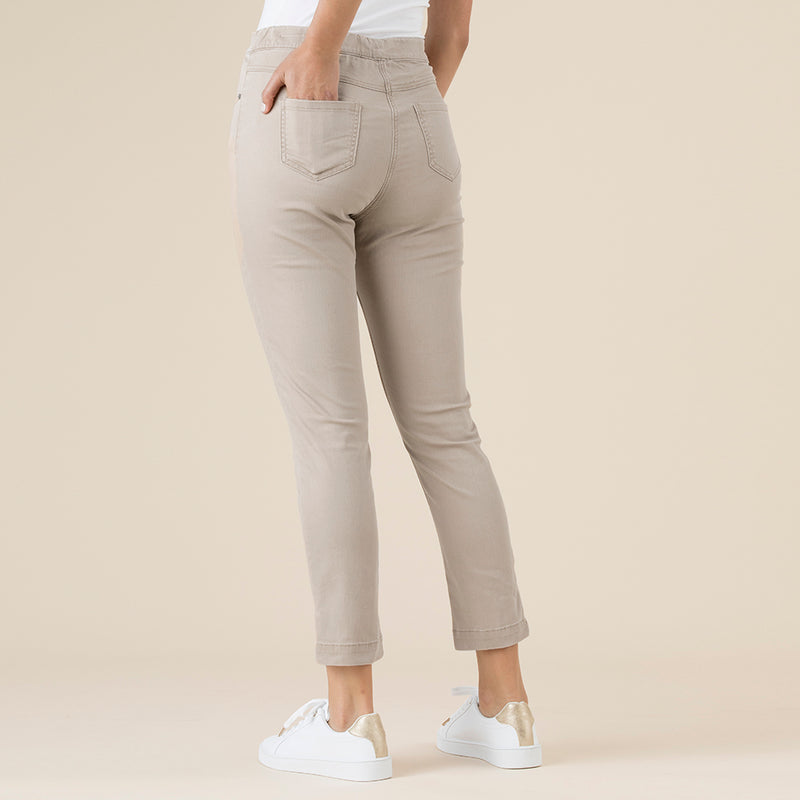 Threadz Pull on Jeans