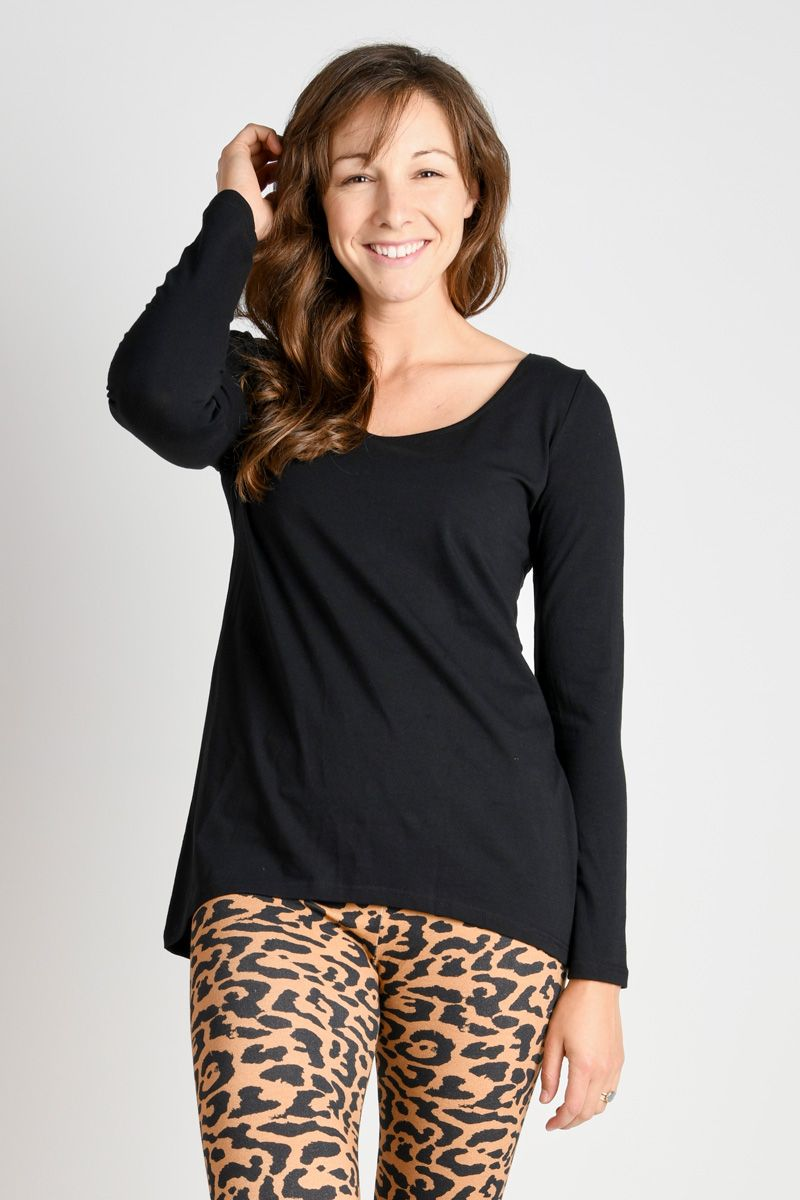 L/S Curve-hem Top - Black