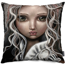 Timide Lapin Throw Pillow