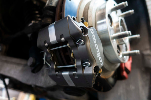 DHQ - Corvette C5 / C6 Bolt on Dual Caliper Brackets