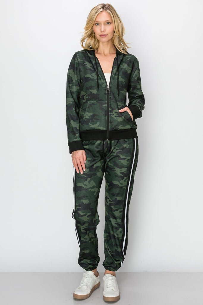 YPS-3132-GRN | Olive Camo Fleece Zip-Up Hoodie & Side-Stripe Joggers