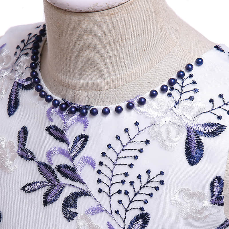 Round Neck with Beads Decoration