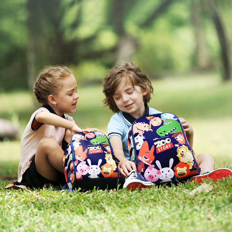 every_boys_and_girls_love_the_school_backpack