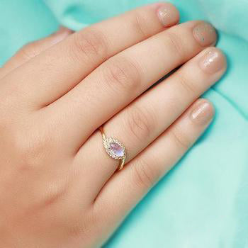 Moonstone Gold Ring - Chatoyant