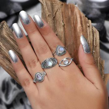 Moonstone Ring-Unique Addiction