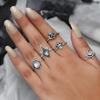 Moonstone Ring-Glory