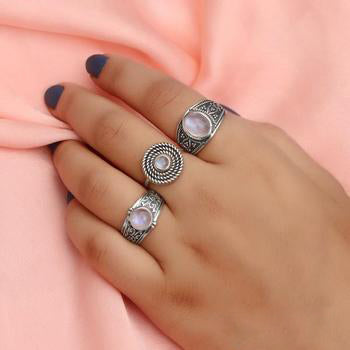 Moonstone Ring-Luna Daze