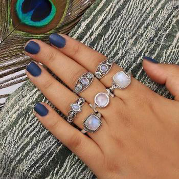 Moonstone Ring-Ravishing Moon