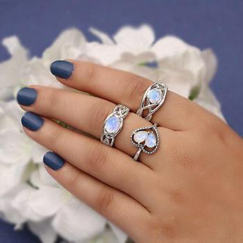 Moonstone Ring-Scenic Grace