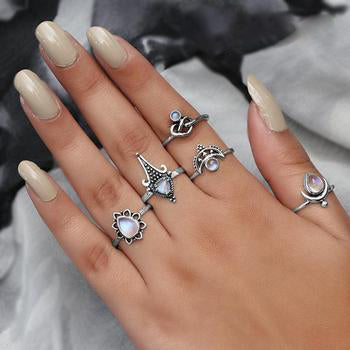 Moonstone Ring-Worthy Spark