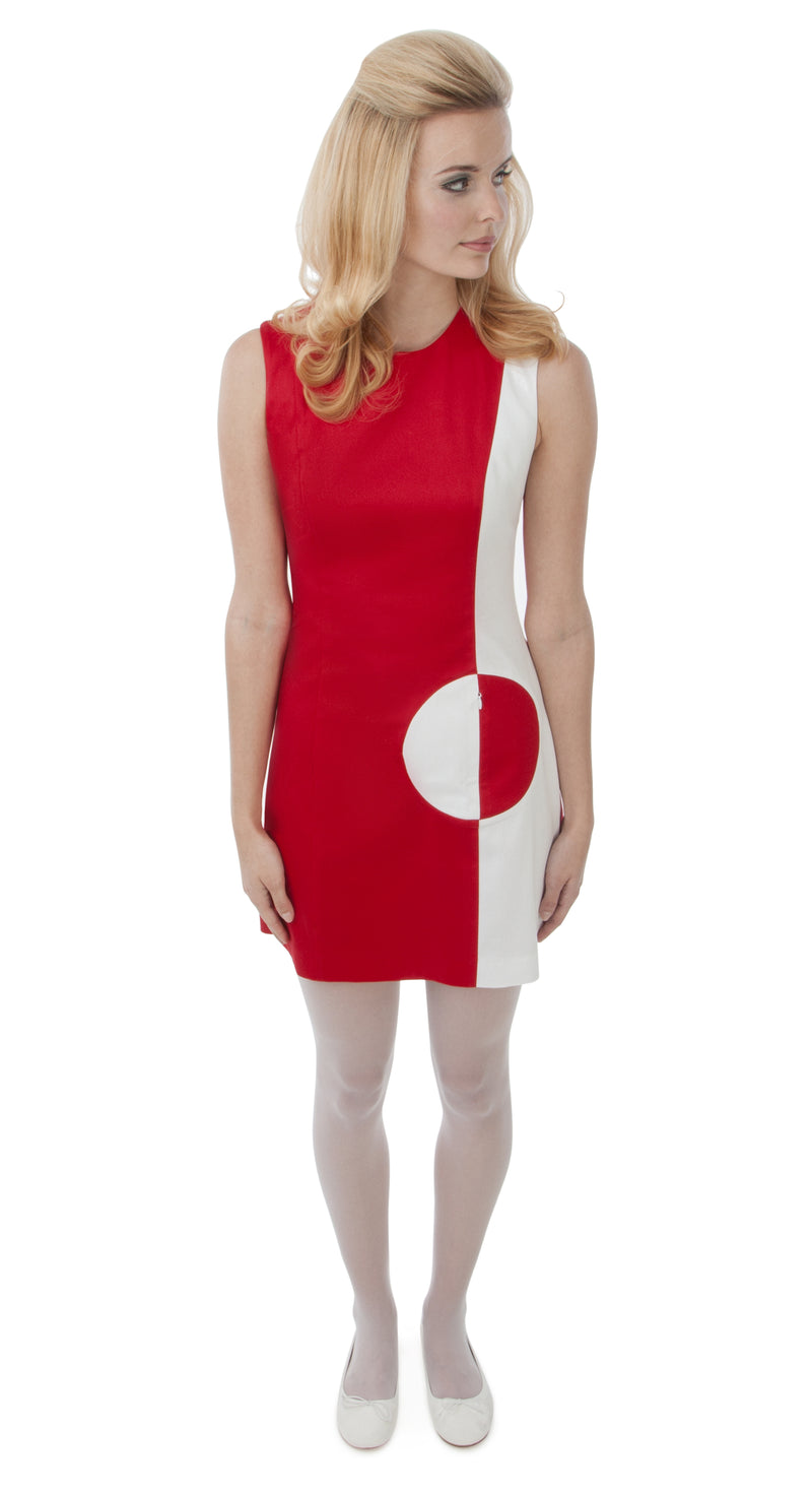 RED/WHITE CIRCLE POCKET DRESS