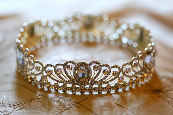 38+ Best Tiaras for Wedding, Engagement or Prom