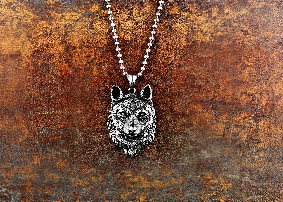 Norse Viking Wolf Head Necklace for Men