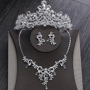 Sparkling Crystal Tiara, Necklace & Earrings Wedding Jewelry Set