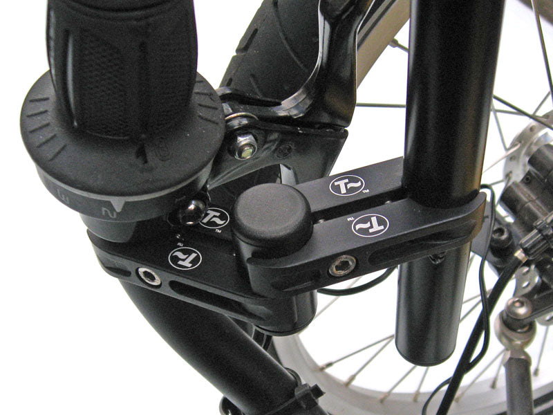 Cockpit Mount (Vertical Attachment)